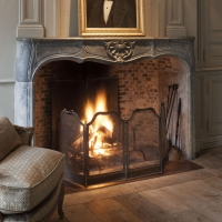 Fine European Antique fireplace surround in French Marble Hard Stone supplied and installed by Maison Leon Van den Bogaert